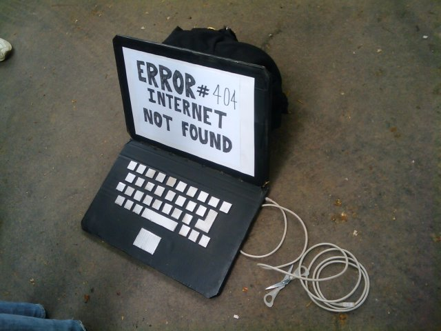 Erreur 404 Internet non trouvé [Error 404 Internet not found]