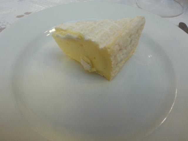 Pont-l'évêque du restaurant Bouillon Chartier [Pont-l'évêque of the restaurant Bouillon Chartier]