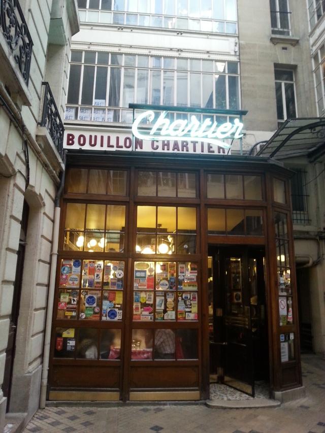 Façade du restaurant Bouillon Chartier [Frontage of the restaurant Bouillon Chartier]