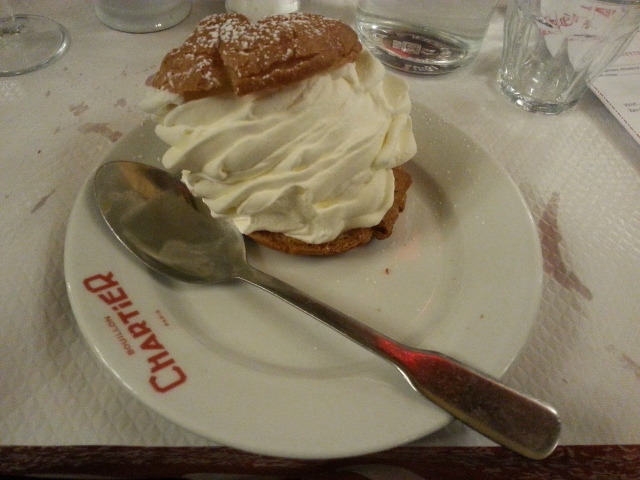 Chou chantilly du restaurant français Le Bouillon Chartier [Whipped cream puff of the French restaurant Le Bouillon Chartier]