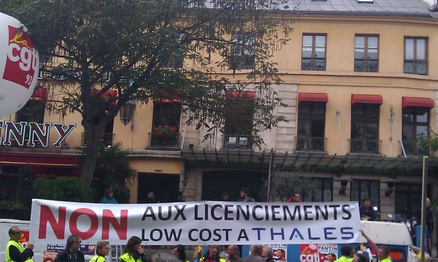 NON aux licenciements low cost à Thalès