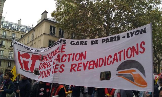 Ensemble dans l'action pour les revendications (syndicat des cheminots gare de Paris-Lyon CGT)