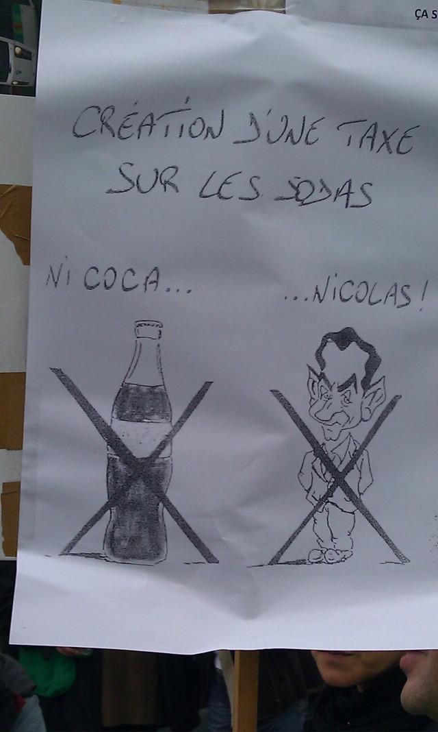 Création d'une taxe sur les sodas : ni cola... nicolas! (Nicolas est le prénom de l'actuel président de la France)
