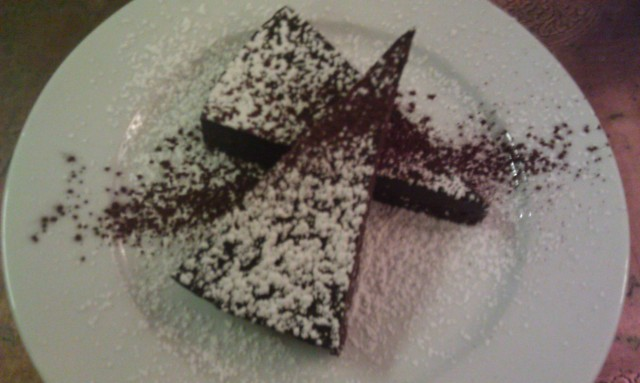 Tarte tout chocolat sans pâte [Chocolate tart without pastry]