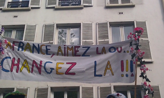 La France, aimez la ou changez la!!! [France, like it or change it!!!]