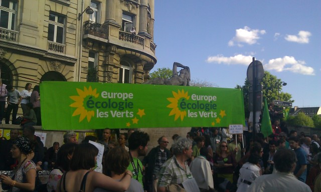 Point fixe d'Europe Ecologie Les Verts [Fixed point of Europe Ecology The Green]