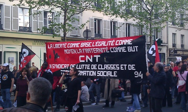 La liberté comme base, l'égalité comme moyen, la fraternité comme but. CNT, un syndicat de lutte des classes et de transformation sociale, CNT 94 [The freedom as the base, the equality as the means, the brotherhood as the purpose. CNT, a trade union of class struggle and social transformation, CNT 94]