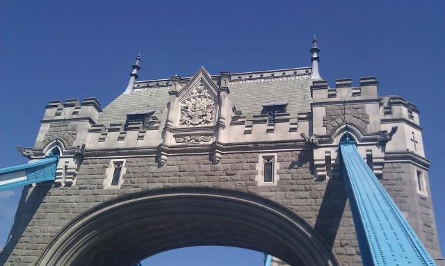 Pont de la Tour [Tower Bridge]
