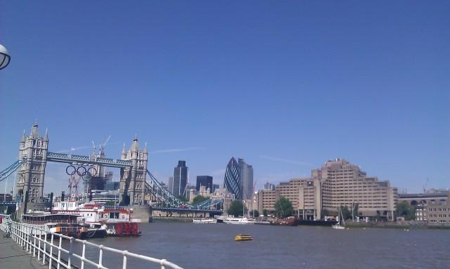 Pont de la Tour, Éclat, hôtel de ville, ... [Tower Bridge, Shard, City Hall, ...]