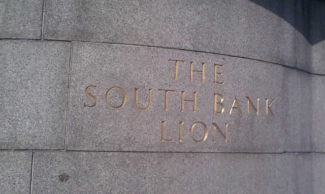 Le lion de la banque du sud [The South Bank Lion]