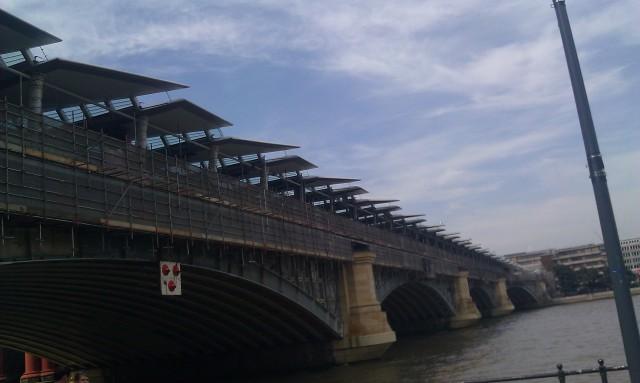 Pont des frères prêcheurs [Blackfriars Bridge]