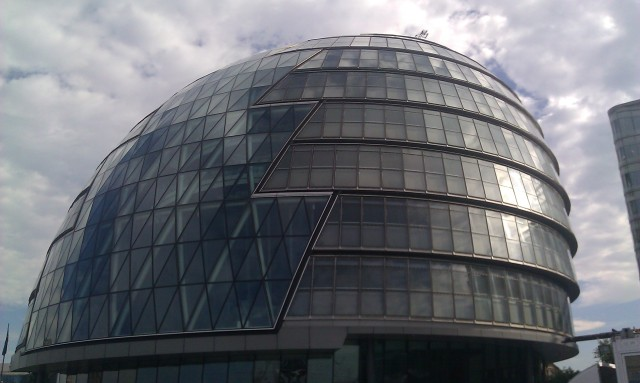 L'hôtel de ville de Londres [London City Hall]