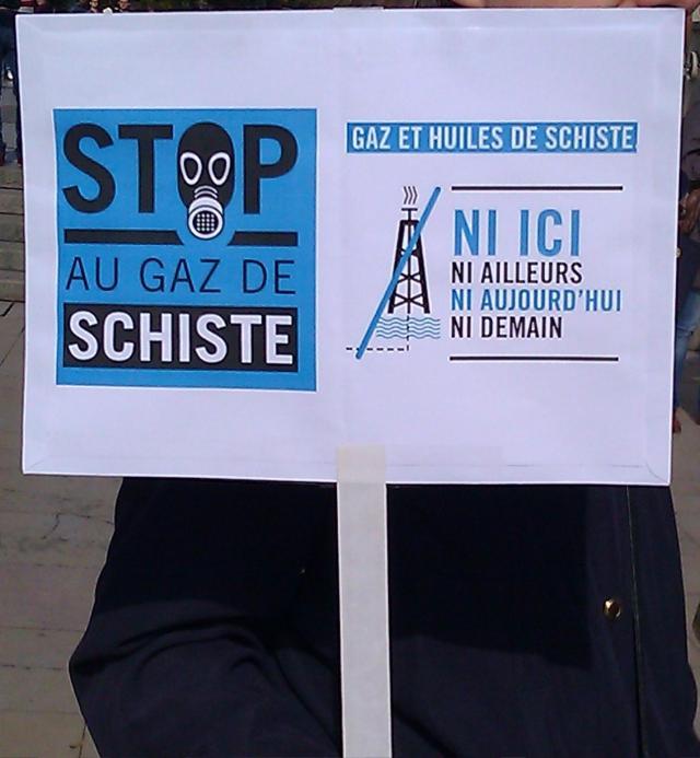 Stop au gaz de schiste [Stop the shale gas]
