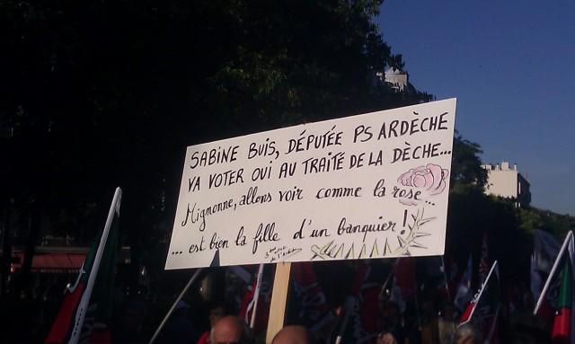 Sabine Buis, députée PS Ardèche, va voter oui au traité de la dèche... Mignonne, allons voir comme la rose ... est bien la fille d'un banquier []