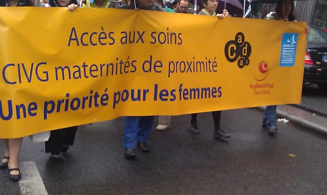 Accès aux soins, CIVG maternités de proximité, une priorité pour les femmes, CADAC, ANCIC, Le Planning Familial [Access to care, abortion and maternity centers of proximity, a priority for women, CADAC, ANCIC, Family Planning]