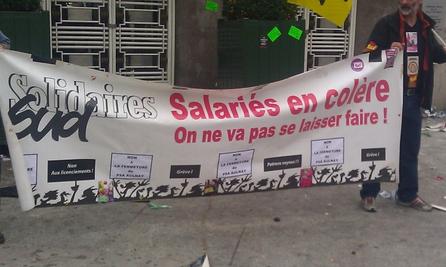 Salariés en colère. On ne va pas se laisser faire!, SUD [Angry employees. We're not going to stand up for ourselves!, SUD]