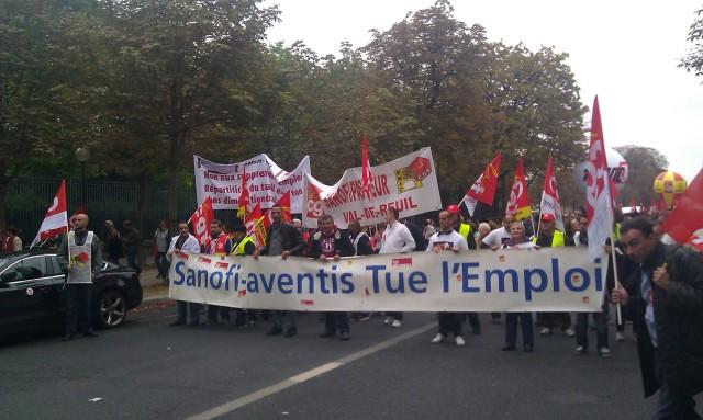 Sanofi-Aventis tue l'emploi, CGT Sanofi-Aventis [Sanofi-Aventis kills employment, CGT Sanofi-Aventis]