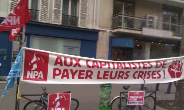 Aux capitalistes de payer leurs crises, NPA [The capitalists have to pay for their crisis, NPA]