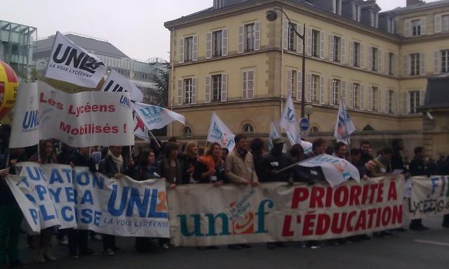 UNL et UNEF [UNL and UNEF]