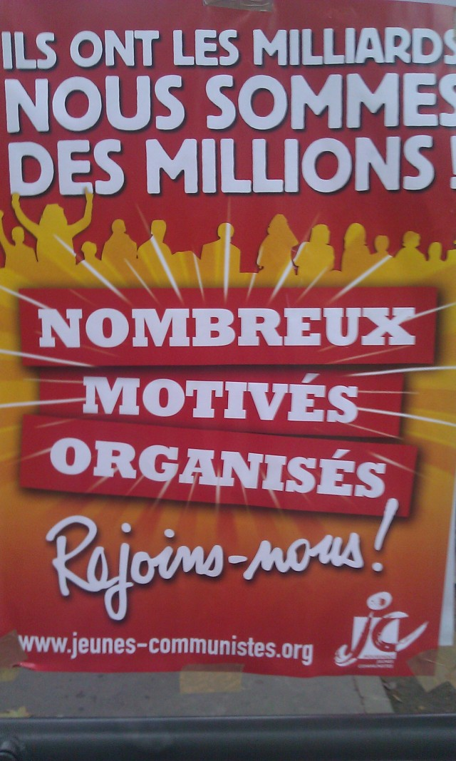 Ils ont les milliards, nous sommes des millions! Nombreux, motivés, organisés, rejoins-nous!, mouvement des jeunes communistes [They have billions, we are millions! Numerous, motivated, organized, join us!, communist youth movement]