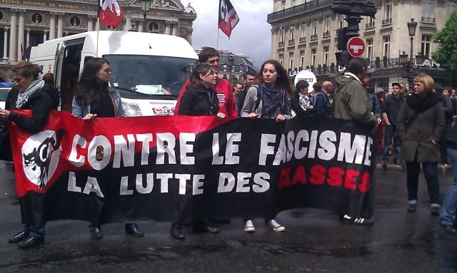 Contre le fascisme la lutte des classes, CNT [Against fascism class struggle, CNT]