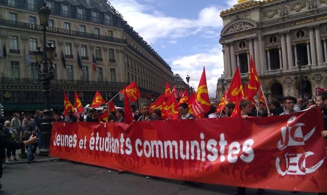 Jeunes et étudiants communistes, JC et UEC [Young and communist students, JC and UEC]