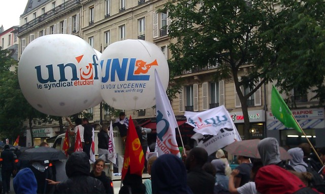 UNEF et UNL [UNEF and UNL]