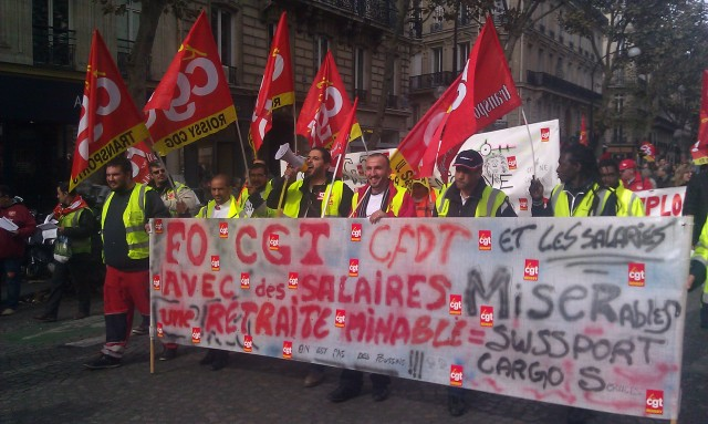 FO, CGT, CFDT et les salariés avec des salaires minables et une retraite misérable = Swissport Cargo Services [FO, CGT, CFDT and the employees with the employees with cheap wages and miserable pension = Swissport Cargo Services]