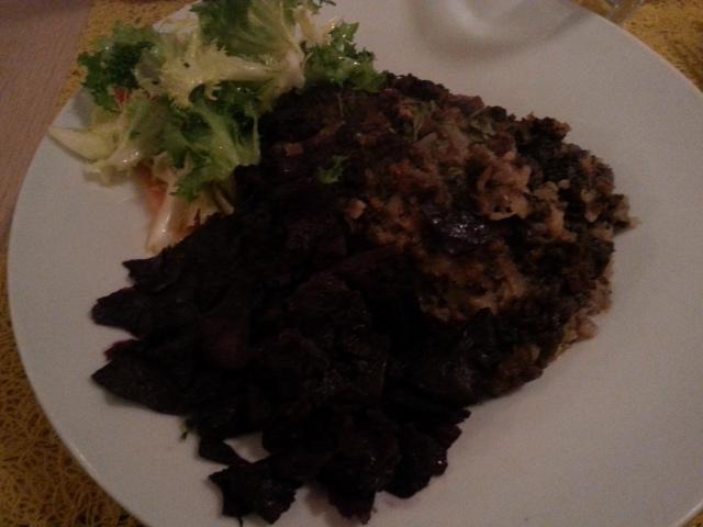 Gratin à l'ancienne aux choux et à la viande de bœuf [Gratin in traditional style with cabbage and beef meat]