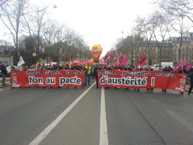 Salaires, emploi, services publics, protection sociale, non au pacte d'austérité, CGT, FO, SUD, FSU [Wages, employment, public utilities, social welfare, no to the pact of austerity, CGT, FO, SUD, FSU]