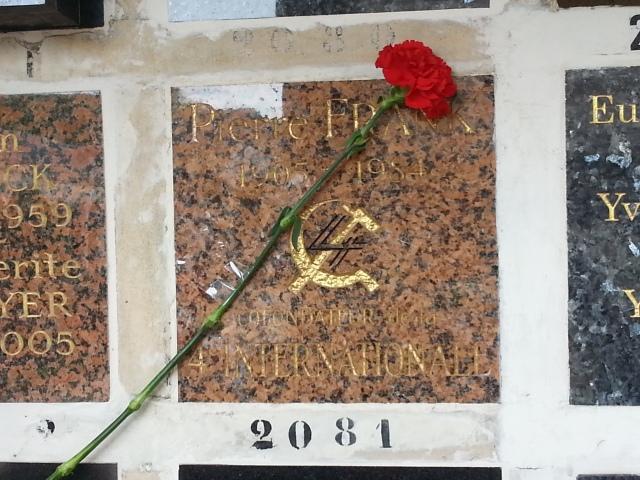 Tombe de Pierre Frank [Pierre Frank's grave]