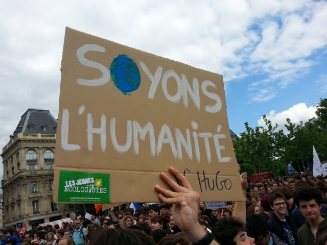 Soyons l'humanité, Victor Hugo [Let us be the mankind, Victor Hugo]