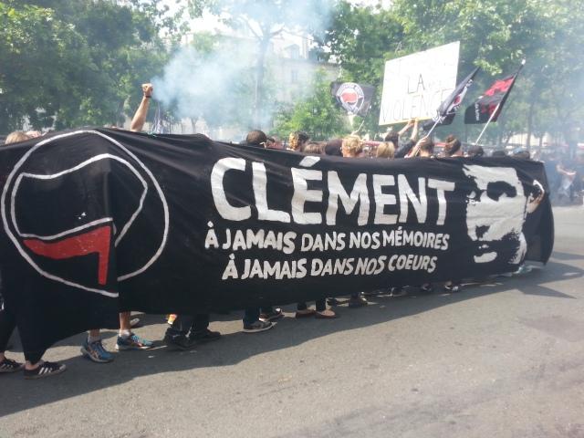 Clément, à jamais dans nos mémoires, à jamais dans nos coeurs, action antifasciste [Clément, forever in our memories, forever in our hearts, antifascist action]