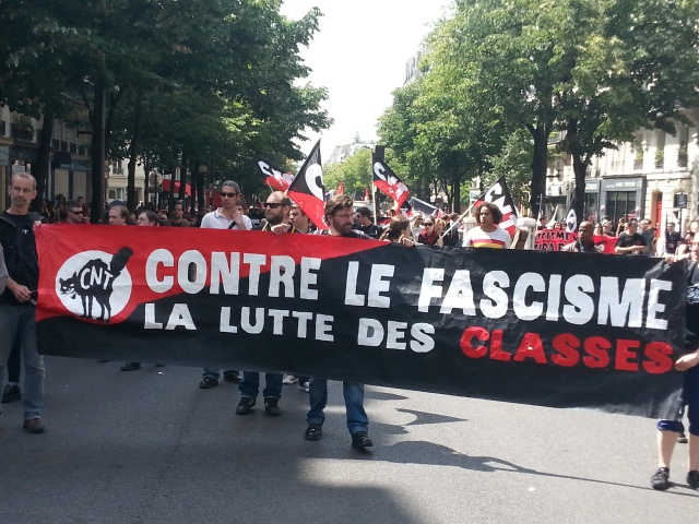 Contre le fascisme la lutte des classes, CNT [Against fascism the class struggle, CNT]