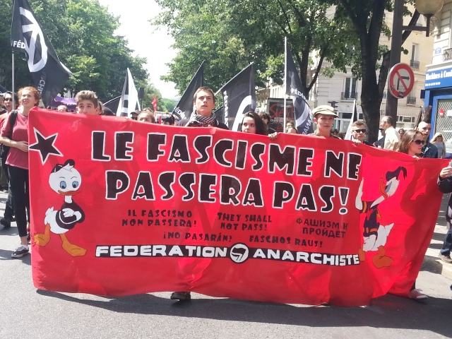 Le fascisme ne passera pas, fédération anarchiste [Fascism shall not pass, anarchist federation]