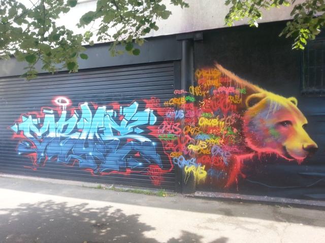 Art de rue à Bagnolet, rue Pierre et Marie Curie [Street art in Bagnolet, Pierre and Marie Curie's street]