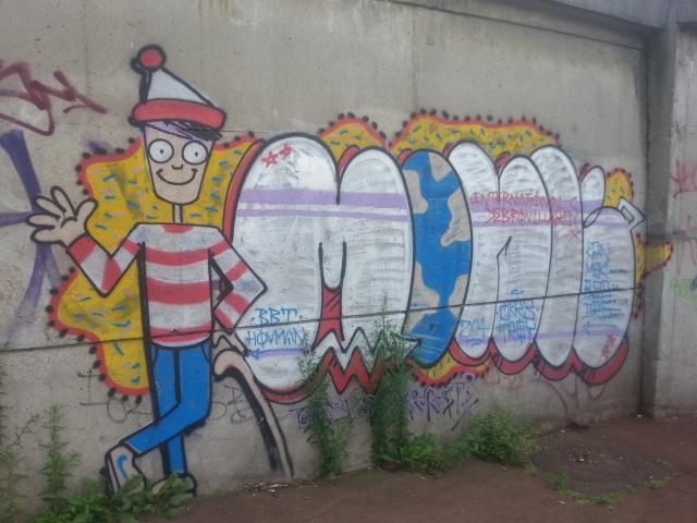 Art de rue à Bagnolet, 2 avenue des camélias [Street art in Bagnolet, 2 Camellias' avenue]