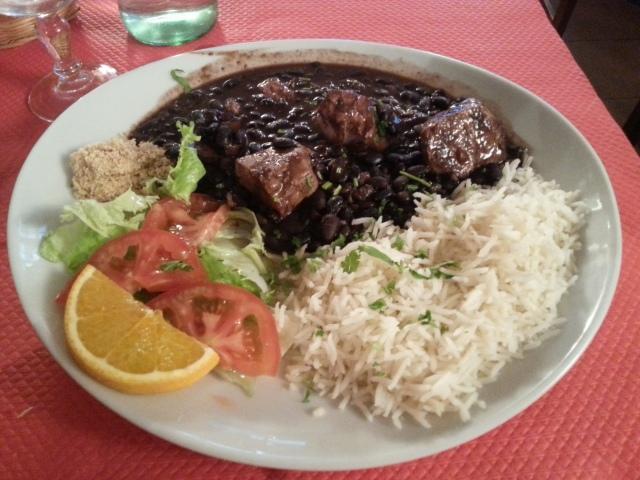 Feijoada du restaurant brésilien La taverne [Feijoada of the Brazilian restaurant La taverne]