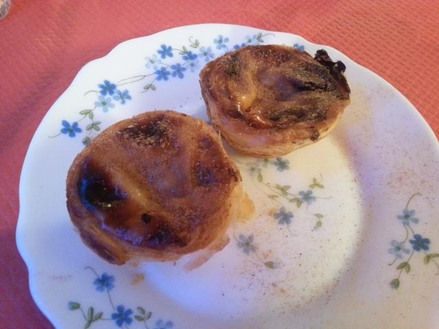 Pasteis de nata du restaurant brésilien La taverne [Pasteis de nata of the Brazilian restaurant La taverne]