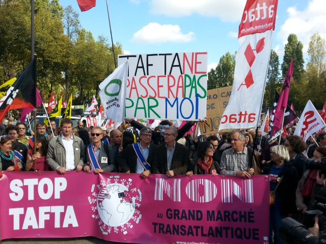 Tête de cortège [Head of the march]
