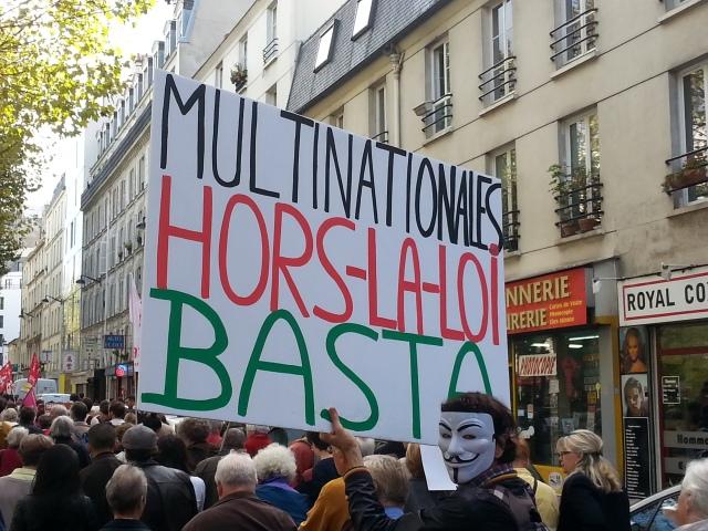 Multinationales hors-la-loi basta [Stop illegal multinationals]