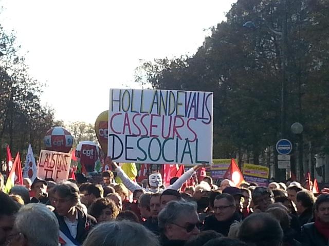 Hollande Valls casseurs de social [Hollande Valls social thugs]