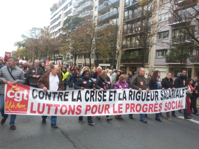 Contre la crise et la rigueur salariale, luttons pour le progrès social, CGT 94 [Against the crisis and the wage restraint, let us fight for the social progress, CGT 94]