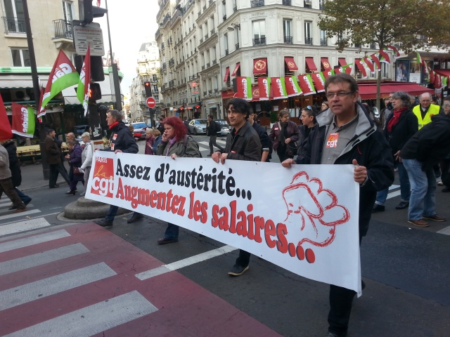Assez d'austérité... augmentez les salaires, CGT Paris [Fed up with austerity... increase the wages, CGT Paris]