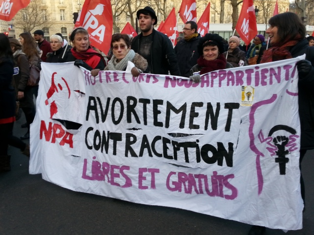 Notre corps nous appartient, avortement et contraception libres et gratuits, NPA [Our bodies belong to us, free of charge and free abortion and contraception, NPA]