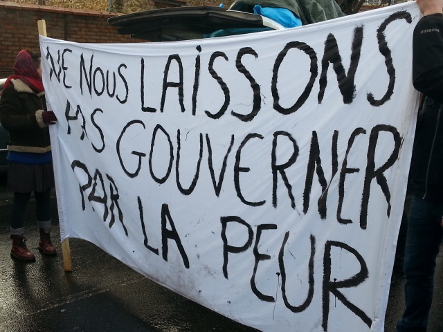 Ne nous laissons pas gouverner par la peur [Don't let ourselves be governed by fear]