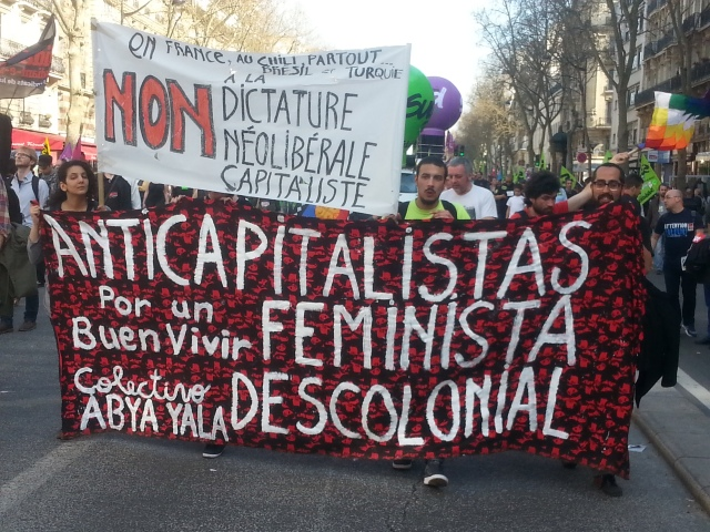 Non à la dictature néolibérale capitaliste [No to the neoliberal capitalist dictature]