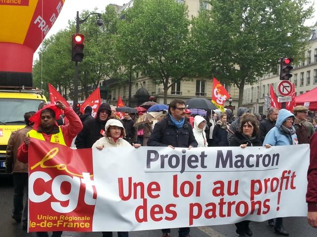 Projet Macron, une loi au profit des patrons, CGT Ile-de-France [Macron project, a law profitable to the bosses, CGT Paris metropolitan region]