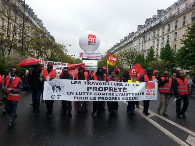 Les travailleurs de la propreté contre l'austérité pour le progrès social, CGT [The workers of the cleanliness in struggle against austerity for social progress, CGT]