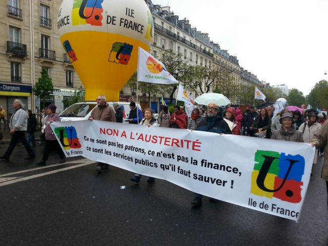 Non à l'austérité, ce ne sont pas les patrons, ce n'est pas la finance, ce sont les services publics qui doivent être sauvés, FSU Ile-de-France [No to austerity. These aren't the bosses, this isn't the finance, these are the public utilities that must be saved, FSU Paris metropolitan region]